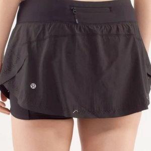 Lululemon Light As Air Skirt black, size 8